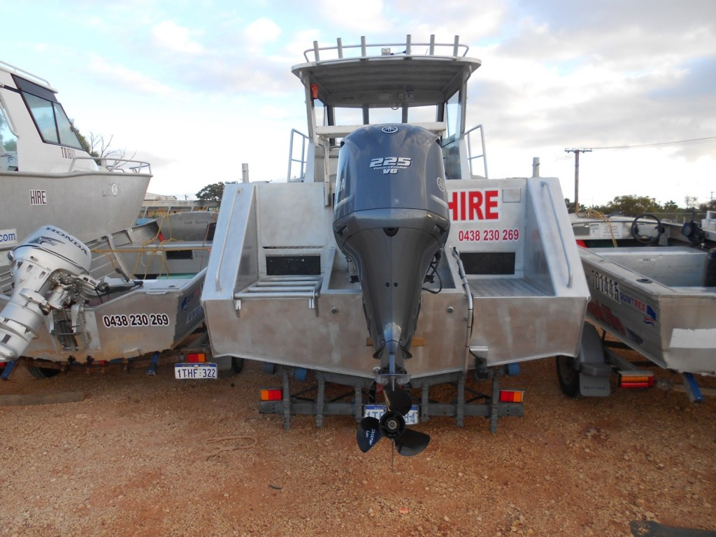 Boat Hire Exmouth: 7m boat