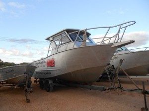 exmouth boat hire 7m forward cabin